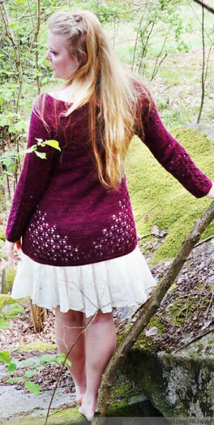 Летние пуловеры, жакеты и топы связанные спицами.