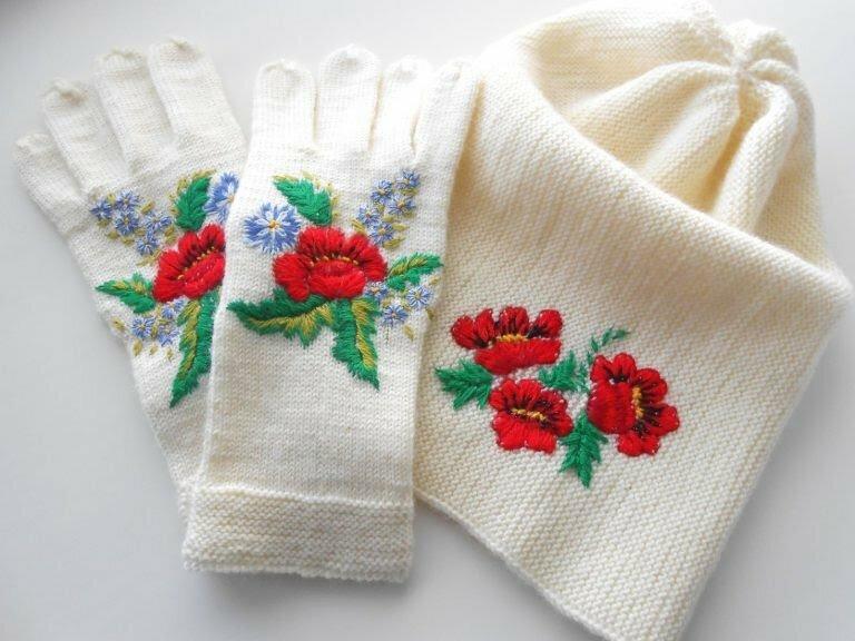 Как украсить вязаное изделие? Вышивка меняет всё!